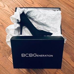BCBGeneration Black Elko Nubuck Pumps